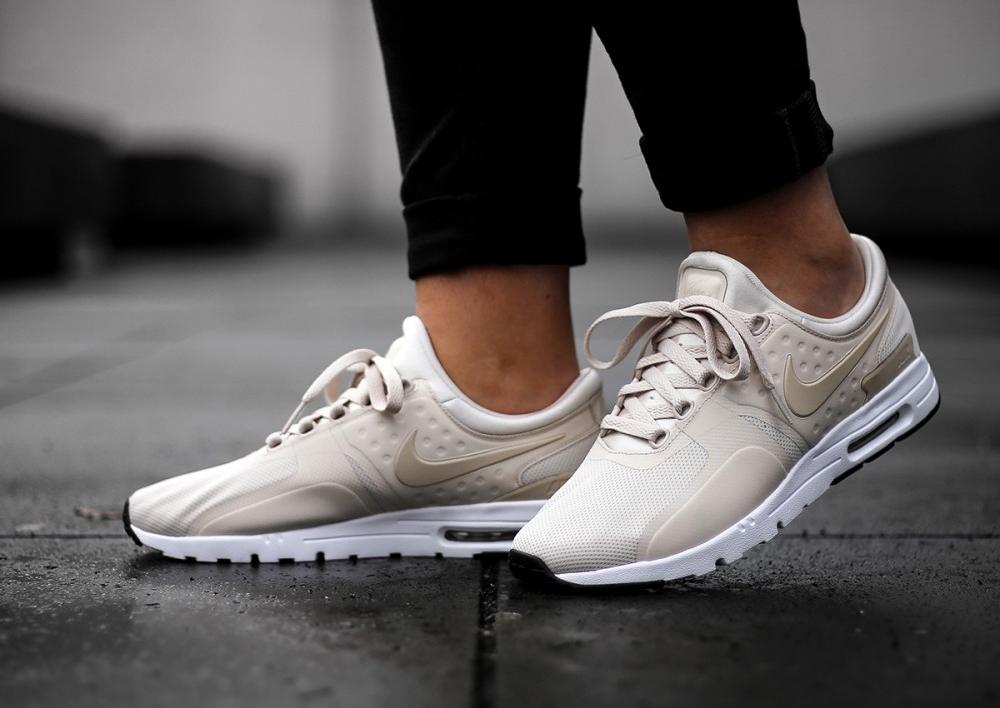 Chaussure Nike Air Max Zero Pour Femme,Nike Air Max Zero Beige Oatmeal Orewood Brown (femme)