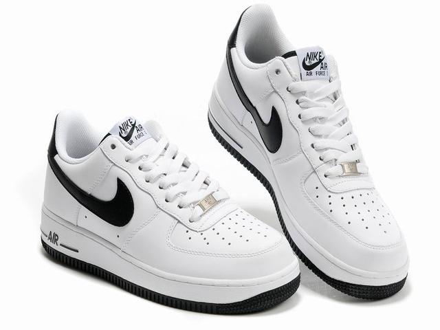 nike air force 1 noir et blanche pas cher