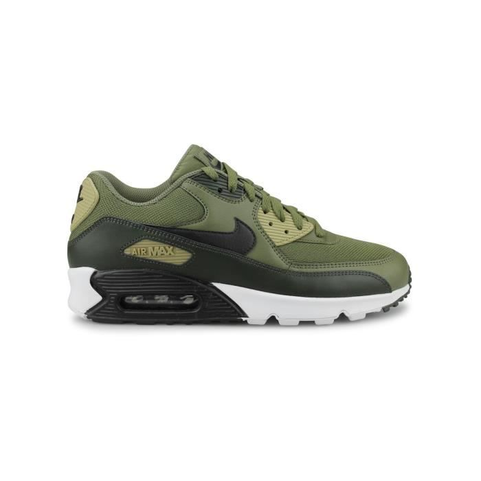 air max 90 essential pas cher noir et olive,Baskets Nike Air